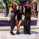HALLANDALE BEACH, FL - APRIL 01:  Scenes from Florida Derby Day at Gulfstream Park, Hallandale Beach, FL. (Photo by Arron Haggart/Eclipse Sportswire/Getty Images)