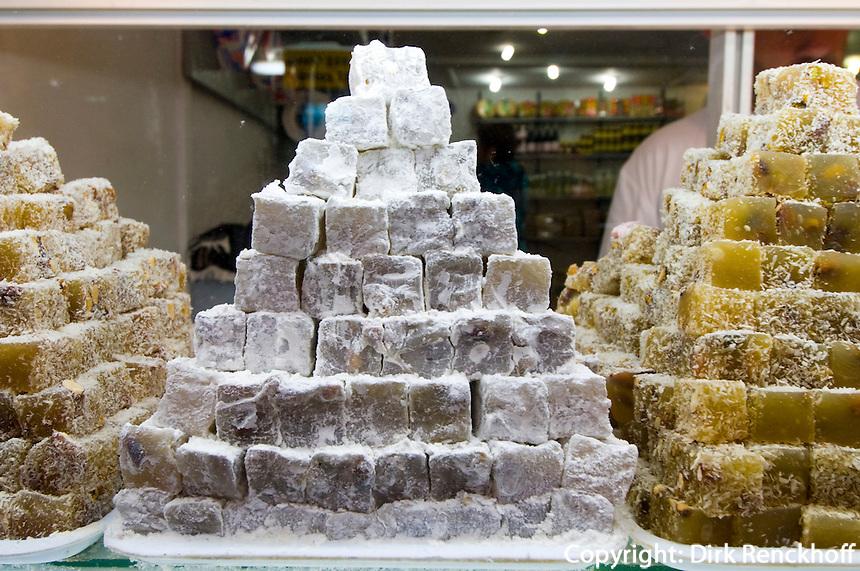 Nordzypern, Markt in Nicosia (Lefkosa), türkischer Honig (Lokum)