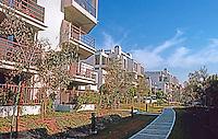 Santa Monica CA: Sea Colony Complex, Neilson Way.  Photo '83.