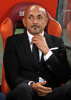 Calcio, Serie A: Roma vs Inter. Roma, stadio Olimpico, 2 ottobre 2016.<br /> Roma's coach Luciano Spalletti waits for the start of the Italian Serie A football match between Roma and FC Inter at Rome's Olympic stadium, 2 October 2016.<br /> UPDATE IMAGES PRESS/Isabella Bonotto