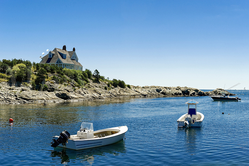 House and boat along Ocean Drive, Newport, Rhode Island, USA
