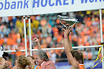 The Hague, Netherlands, June 14: Kim Lammers #23 of The Netherlands holds up the World Cup Trophy during the field hockey gold medal match (Women) between Australia and The Netherlands on June 14, 2014 during the World Cup 2014 at Kyocera Stadium in The Hague, Netherlands. Final score 2-0 (2-0)  (Photo by Dirk Markgraf / www.265-images.com) *** Local caption ***