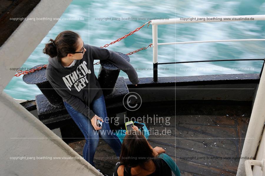 TURKEY Istanbul, Bosporus ferry / TUERKEI Istanbul, Bosporus Faehre