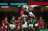 Pictured: Eben Etzebeth of South Africa (TOP R) wins the ball from a line-out against Alun Wyn Jones of Wales (behind him) Saturday 29 November 2014<br />