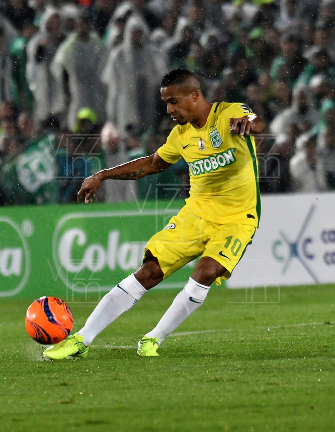 BOGOTA - COLOMBIA -25-02-2017: MacNelly Torres, jugador de Atletico Nacional, en acción durante partido entre La Equidad y Atletico Nacional, por la fecha 5 de la Liga Aguila I-2017, jugado en el estadio Nemesio Camacho El Campin de la ciudad de Bogota. / MacNelly Torres, player of Atletico Nacional, in action during a match between La Equidad and Atletico Nacional, for the date 5 of the Liga Aguila I-2017 at the Nemesio Camacho El Campin Stadium in Bogota city, Photo: VizzorImage  / Luis Ramirez / Staff.
