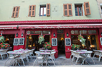 France, Annecy. Rhone-Alpes, Haute-Avoie. The Venice of Savoie, north of the French Alps. Restaurants along the canals.