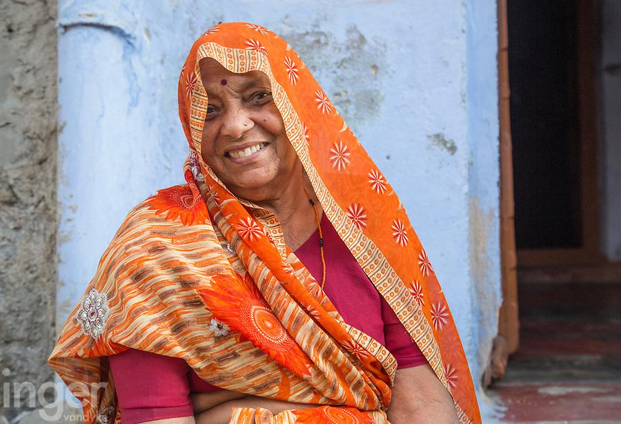 Orange sari lady at Sambhar, Rajasthan