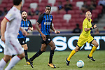 FC Internazionale Midfielder Geoffrey Kondogbia (C) in action during the International Champions Cup match between FC Bayern and FC Internazionale at National Stadium on July 27, 2017 in Singapore. Photo by Marcio Rodrigo Machado / Power Sport Images