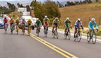 BOYACA - COLOMBIA: 09-09-2016. Aspecto del lote de ciclistas durante la tercera etapa de la 38 versión de la vuelta Ciclista a Boyaca 2016 que se corre entre Duitama y Sachica. La prueba se corre entre el  7 y el 11 septiembre de 2016./ Aspect of the cyclists' peloton during the third stage of the Vuelta a Boyaca 2016 that took place between villages of Duitama y Sachica. The race is held between 7 and 11 of September of 2016 . Photo:  VizzorImage/ José Miguel Palencia / Liga Ciclismo de Boyaca