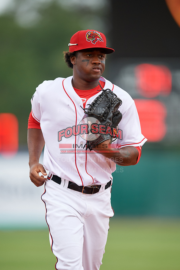 Florida Fire Frogs right fielder Anfernee Seymour (5) jogs back to the dugout during a game against the Daytona Tortugas on April 7, 2018 at Osceola County Stadium in Kissimmee, Florida.  Daytona defeated Florida 4-3.  (Mike Janes/Four Seam Images)