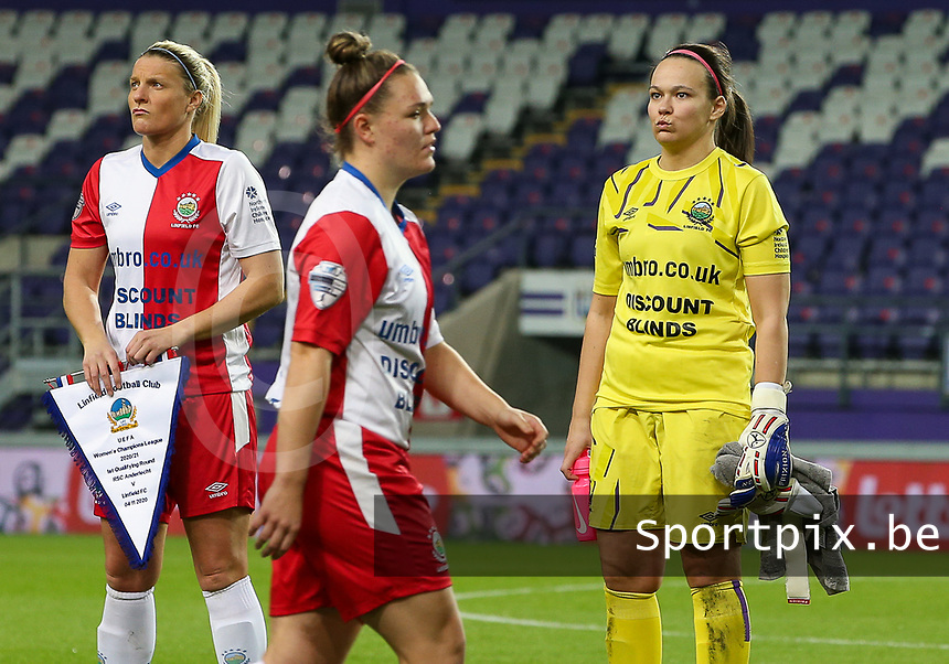 Goalkeeper Nicole Adams (1 Linfield) pictured  during the line up before female soccer game between RSC Anderlecht Dames and Northern Irish Linfield Ladies  in the first qualifying round for the Uefa Womens Champions League of the 2020 - 2021 season , Wednesday 4 th of November 2020  in ANDERLECHT , Belgium . PHOTO SPORTPIX.BE | SPP | SEVIL OKTEM