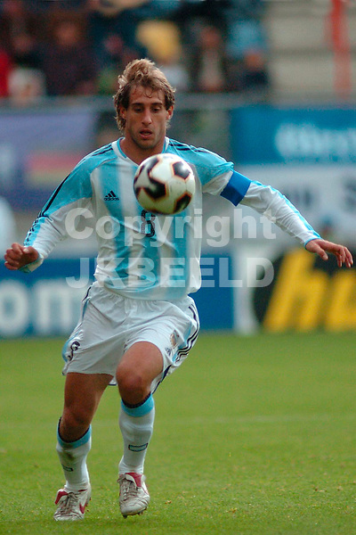 argentinie - usa,  enschede, 11-06-2005, nexxt2005 pabio zabaleta