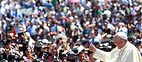 Papa Francesco tiene un'udienza ai componenti dell'Arma dei Carabinieri in occasione del bicentenario della fondazione, in Piazza San Pietro, Citta' del Vaticano, 6 giugno 2014.<br /> Pope Francis waves as he arrives for an audience with Carabinieri paramilitary police corps' members on the occasion of the 200th anniversary foundation, in St. Peter's Square, Vatican City, 6 June 2014.<br /> UPDATE IMAGES PRESS/Isabella Bonotto<br /> <br /> STRICTLY ONLY FOR EDITORIAL USE