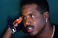 Baseball: San Francisco Giants Barry Bonds in the dugout at Scottsdale Stadium. Scottsdale, AZ 3/18/1993 MANDATORY CREDIT: Brad Mangin