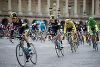 Chris Froome (GBR/SKY) amongst teammates (& Peter Sagan) in the first laps around the Champs Elysées<br /> <br /> stage 21: Sèvres - Champs Elysées (109km)<br /> 2015 Tour de France