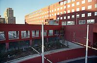 milano, quartiere bicocca, periferia nord. università --- milan, bicocca district, north periphery. university