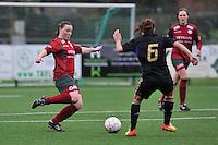 Dames Zulte - Waregem - RSC Anderlecht : Liselore Carlier aan de bal.foto DAVID CATRY / VROUWENTEAM.BE