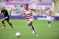 Newcastle, England - Friday, August 3, 2012: The USA women defeated New Zealand 2-0 in the quarterfinal round of the 2012 Olympics at St. James Park. Sydney Leroux dribbles the ball.