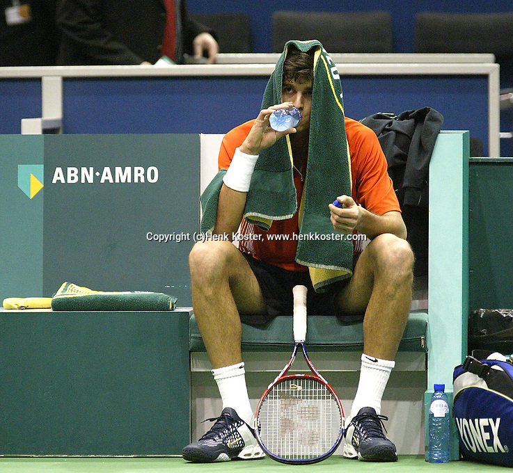 22-2-06, Netherlands, tennis, Rotterdam, ABNAMROWTT,  Mario Ancic in action against Jarkko Nieminnen