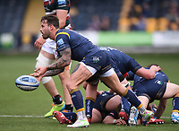 29th May 2021; Sixways Stadium, Worcester, Worcestershire, England; Premiership Rugby, Worcester Warriors versus Leicester Tigers; Francois Hougaard of Worcester Warriors passes from a ruck