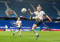 LE HAVRE, FRANCE - APRIL 13: Becky Sauerbrunn #4 of the USWNT hits a cross during a game between France and USWNT at Stade Oceane on April 13, 2021 in Le Havre, France.