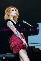 coeur de pirate<br /> festival musilac <br /> aix-les-bains 18 juillet 2010<br /> Credit : BRUNET/DALLE