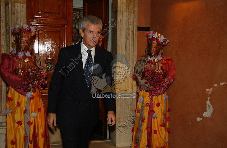 MARCO TRONCHETTI PROVERA<br /> SERATA A VILLINO GIULIA DA  MARIA ANGIOLILLO ROMA 2002