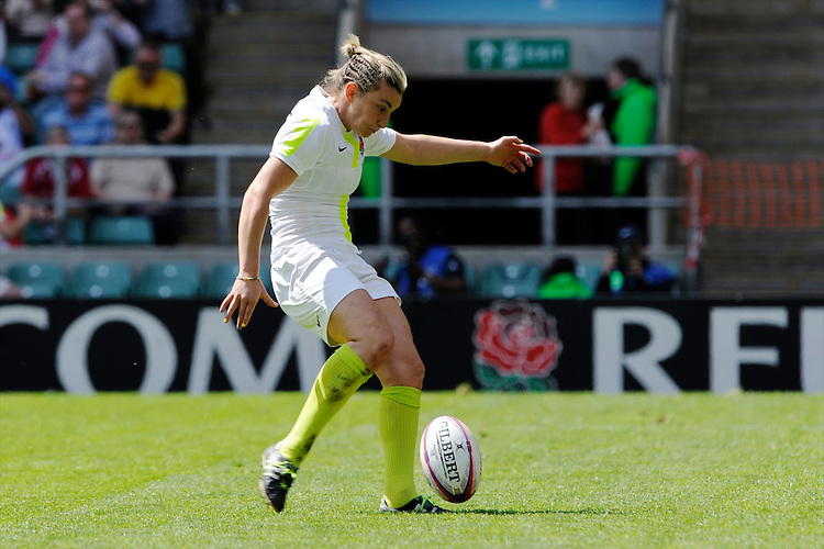Alice Richardson of England takes a conversion during the iRB Challenge Cup at Twickenham on Sunday 13th May 2012 (Photo by Rob Munro)