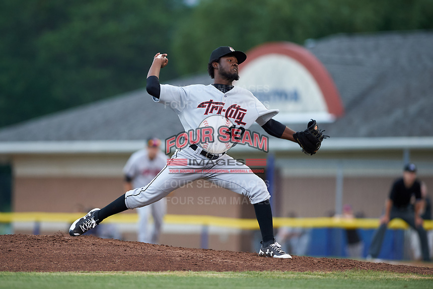 Tri-City ValleyCats starting pitcher Cristian Javier (40) delivers a pitch during a game against the Batavia Muckdogs on July 14, 2017 at Dwyer Stadium in Batavia, New York.  Batavia defeated Tri-City 8-4.  (Mike Janes/Four Seam Images)