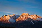 Italy, South Tyrol (Alto Adige-Trentino), Dolomites near Nova Ponente: Alpenglow at Latemar Mountain Range (2.846 m) | Italien, Suedtirol (Alto Adige-Trentino), Dolomiten bei Deutschnofen: Alpengluehen an der Latemar Gruppe (2.846 m)