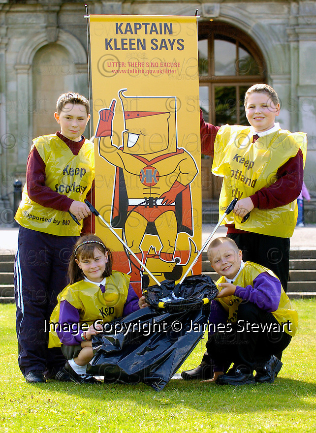 """24/08/2005         Copyright Pic : James Stewart.File Name : jspa20_litter.THE FALKIRK COUNCIL """"COMMUNITY LITTER PLAN"""" AND """"LITTERZONE WEBSITE"""" LAUNCH AT CALLENDAR HOUSE, 24TH AUGUST 2005......Payments to :.James Stewart Photo Agency 19 Carronlea Drive, Falkirk. FK2 8DN      Vat Reg No. 607 6932 25.Office     : +44 (0)1324 570906     .Mobile   : +44 (0)7721 416997.Fax         : +44 (0)1324 570906.E-mail  :  jim@jspa.co.uk.If you require further information then contact Jim Stewart on any of the numbers above........."""