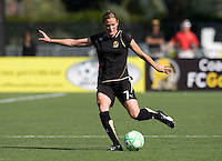 26 April 2009: Leigh Ann Robinson of the FC Gold Pride in action during the game against Washington Freedom at Buck Shaw Stadium in Santa Clara, California.   Washington Freedom defeated FC Gold Pride, 4-3.