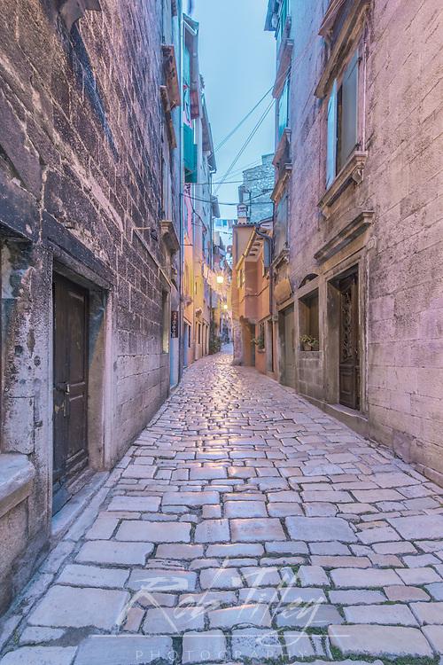 Croatia, Istria, Rovinj, Old Town Alley