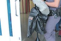 """CAMPINAS, SP 11.04.2018-OPERACAO VIDOCQ-Jaqueta da Policia Rodoviaria. Na manhã desta quarta-feira (11), o Gaeco, em conjunto com o 1 BAEP, com a Corregedoria da Polícia Civil e com a Corregedoria da Polícia Militar da cidade de Campinas (SP), deflagrou a operação """"Vidocq"""", que visa desmantelar organização criminosa voltada à prática dos crimes de roubo circunstanciado e furto qualificado de cargas na região de Campinas. Para tanto, foram cumpridos dezessete mandados de prisão temporária, além de vinte e dois mandados de busca e apreensão e mais dezessete mandados de apreensão de veículos, nas cidades de Campinas, Paulinia, Sumaré, Nova Odessa, Cosmópolis, Hortolandia e Artur Nogueira. O grupo criminoso tinha como uma das marcas características, em alguns dos crimes, simular a condição de Policial Militar, inclusive com a utilização de fardas, para facilitar a abordagem aos caminhões e veículos que transportavam as cargas de interesse. O prazo da prisão é de cinco dias, prorrogável por igual período. Dentre os alvos da operação encontram-se dois Policiais Militares, um Policial Civil e um Guarda Municipal, cuja participação na organização criminosa também é alvo de investigação. (Foto: Denny Cesare/Codigo19)"""