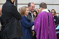 FRANCOISE VIDAL (EPOUSE DE JEAN ROCHEFORT) - ASSISTE A LA CEREMONIE RELIGIEUSE EN HOMMAGE A JEAN ROCHEFORT A L'EGLISE SAINT-THOMAS D'AQUIN DANS LE 7EME ARRONDISSEMENT DE PARIS, FRANCE, LE 13/10/2017.