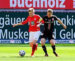 Fussball - 3.Bundesliga - Saison 2020/21<br /> Kaiserslautern -  Fritz-Walter-Stadion 03.04.2021<br /> 1. FC Kaiserslautern (fck)  - FC Halle (hal) 3:1<br /> Jean ZIMMER (1. FC Kaiserslautern), li und der Ex-Lauterer Janet STERNBERG (hal)<br /> <br /> Foto © PIX-Sportfotos *** Foto ist honorarpflichtig! *** Auf Anfrage in hoeherer Qualitaet/Aufloesung. Belegexemplar erbeten. Veroeffentlichung ausschliesslich fuer journalistisch-publizistische Zwecke. For editorial use only. DFL regulations prohibit any use of photographs as image sequences and/or quasi-video.