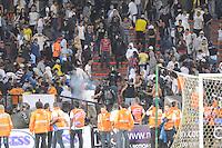 MEDELLIN -COLOMBIA-14-09-2013. Disturbios durante el partido entre Nacional vs Medellin en el estadio Atanasio Girardot de la ciudad de Medellín./  Strike during match between Nacional vs Medellin at Atanasio Girardot stadium in Medellin city.  Photo: VizzorImage/Luis Ríos/STR