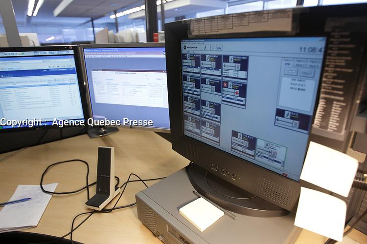 Centre d'appel 911, Montreal<br /> <br /> PHOTO : Agence Quebec Presse