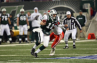 Quarterback Kellen Clemens (Jets)<br /> New York Jets vs. Kansas City Chiefs<br /> *** Local Caption *** Foto ist honorarpflichtig! zzgl. gesetzl. MwSt. Auf Anfrage in hoeherer Qualitaet/Aufloesung. Belegexemplar an: Marc Schueler, Am Ziegelfalltor 4, 64625 Bensheim, Tel. +49 (0) 6251 86 96 134, www.gameday-mediaservices.de. Email: marc.schueler@gameday-mediaservices.de, Bankverbindung: Volksbank Bergstrasse, Kto.: 151297, BLZ: 50960101
