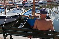 Europe/France/Provence -Alpes-Cote d'Azur/83/Var/Sanary-sur-Mer: Le port et ses pointus