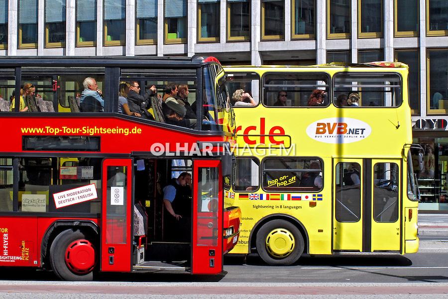 Transporte  em onibus de turismo. Berlin. Alemanha. 2011. Foto de Juca Martins.