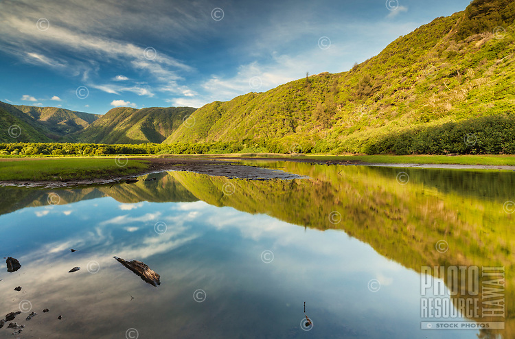 Morning light reflection at Pololu Valley on the Big Island of Hawai'i.