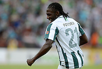 MEDELLÍN -COLOMBIA-13-12-2015: Yimmy Chara jugador de Atlético Nacional celebra después de anotar un gol a Independiente Medellin durante partido de vuelta entre Atletico Nacional e Independiente Medellin por las semifinales de la Liga Aguila II 2015, jugado en el estadio Atanasio Girardot de la ciudad de Medellin. / Yimmy Chara player of Atletico Nacional celebrates after scoring a goal to Independiente Medellin during a match for the second leg between Atletico Nacional and Independiente Medellin  for the semifinals of the Liga Aguila II 2015 at the Atanasio Girardot stadium in Medellin city. Photo: VizzorImage/León Monsalve/ Str