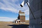 Grain Elevator, Eastern Washington State, Columbia Basin; Adams County, wheat country, Washington State; Pacific Northwest; USA,