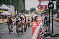 Steve Cummings (GBR/Dimension Data) leading teh way over the Champs-Elysées cobbles<br /> <br /> 104th Tour de France 2017<br /> Stage 21 - Montgeron › Paris (105km)
