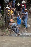 RESCATISTAS DE LA UNIDAD ESTATAL DE PROTECCION CIVIL QRO