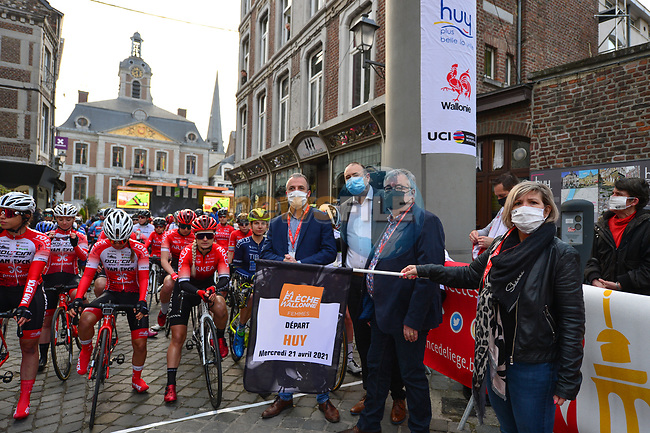 Ready to start the 2021 Flèche-Wallonne Femmes, running 130.2 km from Huy to Huy, Belgium. 21st April 2021.  <br /> Picture: A.S.O./Gautier Demouveaux | Cyclefile<br /> <br /> All photos usage must carry mandatory copyright credit (© Cyclefile | A.S.O./Gautier Demouveaux)
