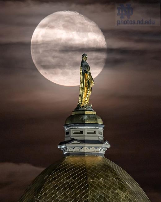November 2, 2020; Moonrise behind the Dome (Photo by Matt Cashore/University of Notre Dame)
