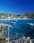 Spanien, Balearen, Ibiza (Eivissa): Cala Vedella - Bucht und Strand im Suedwesten | Spain, Balearic Islands, Ibiza (Eivissa): Cala Vedella - bay and beach