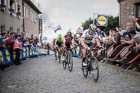 Peter Sagan (SVK/Bora-Hansgrohe) up the Oude Kwaremont shadowed all the way up by <br /> <br /> 101th Ronde Van Vlaanderen 2017 (1.UWT)<br /> 1day race: Antwerp › Oudenaarde - BEL (260km)